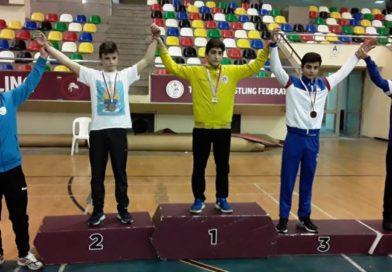 Genç Güreşçilerimizden İki Madalya