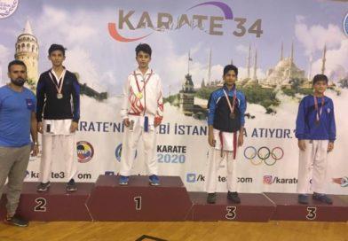 Karatede Üç Madalya