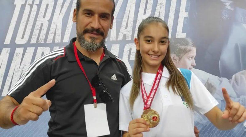 Yıldızlar Türkiye Karate Şampiyonası'nda büyük başarı